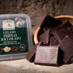 Gelato Al Triplo Cioccolato L'arte Della Specialità  350gr