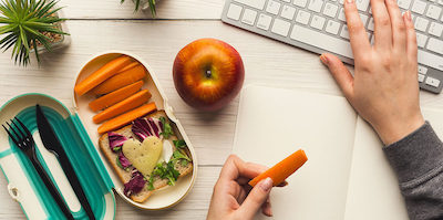 Come organizzare un pranzo in ufficio?