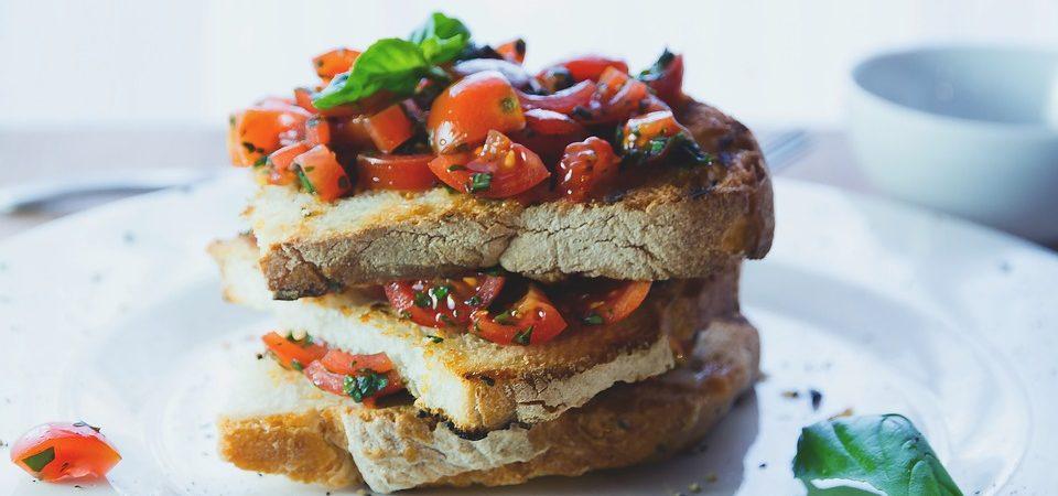 Dieta per il colesterolo: ecco cosa mettere nel carrello