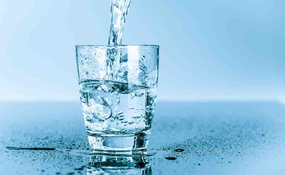 Come idratarsi al meglio: l'acqua e le sue proprietà