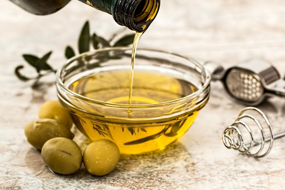 Le proprietà dell'olio extravergine di oliva
